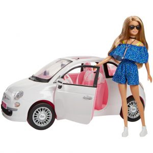 Barbie met Fiat 500
